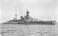 Battlecruiser HMS Hood (51)