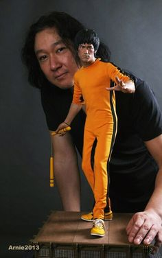 This is The Best Likeness of Bruce lee that I've ever seen by an artist who creates amazingly realistic models of famous people .