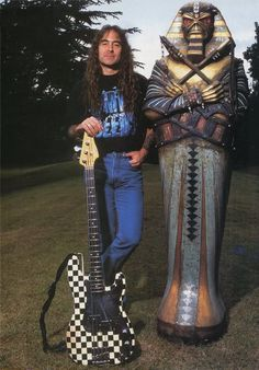 Steve Harris....this bass is awesome!