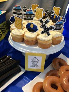 Police Birthday Party, cupcakes