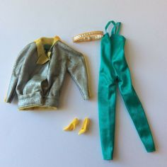 Barbie 1984 Twice as Nice Outfit # 7955 Reversible Outfit vintage dolls clothes Doll Clothes Barbie, Barbie Dolls, Twice As Nice, Doll Outfits, Barbie Collection, Vintage Dolls, Girl Dolls, Ebay, Ideas