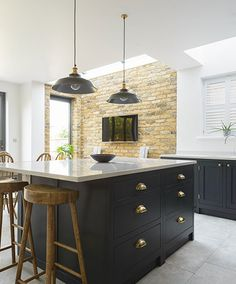 Shaker Kitchens, The Shaker Kitchen Company, Shaker Style Kitchens Shaker Kitchen Company, Shaker Style Kitchens, Elegant Kitchens, Dark Kitchens, Open Plan Kitchen Dining Living, Living Room Kitchen, New Kitchen, Kitchen Island, Kitchen Things