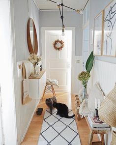 Hallways need to be fully light and provide ample light for performing tasks. Here are beautiful hallway lighting design ideas for your home. Decor, Room Makeover, Hallway Decorating, Interior, Counter Decor, Cheap Home Decor, Home Decor, Hallway Lighting, Home Decor Store