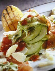 Laagjessalade met komkommer, ham en Brugge Oud kaas - - Recepten - - Kazen van bij Ons