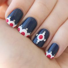 Get inspirations from these cool stylish nail designs for short nails. Find out which nail art designs work on short nails! Great Nails, Fabulous Nails, Gorgeous Nails, Cute Nails, Nail Art Vernis, Nail Polishes, Uñas Diy, Navy Nails, Blue Nail