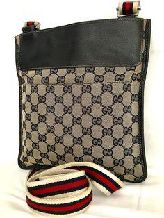 Gucci crossbody bag in very good condition #gucci #guccihandbags #guccibag #guccibelt #guccioutfits #guccimarmont # Gucci Handbags, Gucci Bags, Gucci Crossbody Bag, Luxury Fashion, Womens Fashion, Diaper Bag, Coin Purse, Good Things, Wallet