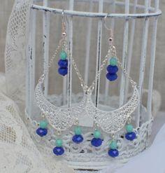 Boucles d'oreilles pampilles argentées avec perles bleu électrique et turquoise mint Gipsy Boho Bohème : Boucles d'oreille par bohemiasroad