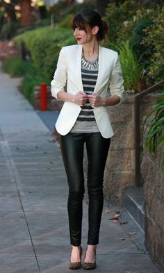 Moda it - Look: Blazer Branco + Legging de Couro | Moda it