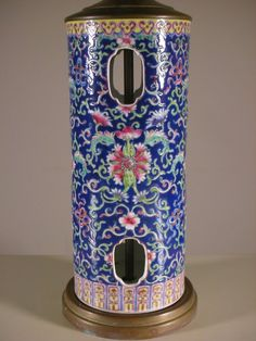 A beautiful Chinese Famille Rose Porcelain Hat Stand. Converted into lamp. Circa: 20th century, China.