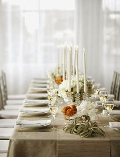 In a farmhouse design, the side table seems to have important roles that are unreplaceable. The farmhouse side table is Farmhouse Side Table, Beautiful Table Settings, Fall Table, Thanksgiving Table, Elegant Table, Holiday Tables, Christmas Tables, Holiday Dinner, Christmas Holiday