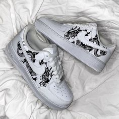 Classic Dragon Air Force by thecustomsneakerco Nike Air Force One, Nike Shoes Air Force, Air Force Ones, Jordan Shoes Girls, Girls Shoes, Custom Painted Shoes, Nike Custom Shoes, Customised Shoes, White Nike Shoes