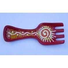 Ceramica Artistica -   Poggia Mestolo a forma di forchetta in ceramica decorata a mano, realizzato a Cava de' Tirreni  Dimensioni cm 26 x 10 - Altezza cm 3.  Maggiori info su: http://www.keramos.it  Per contatti diretti: info@keramos.it    Ceramic Art  Ladle rests in the form of fork in hand-decorated ceramics. Made in Cava de' Tirreni  Dimensions 26 x 10 cm - Height cm 3.  More info on: http://www.keramos.it  Direct contact: info@keramos.it