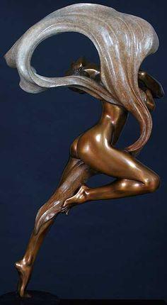 Gaylord Ho sculpture, Art Nouveau style