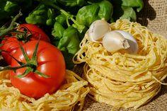 Free Image on Pixabay - Noodles, Tagliatelle, Pasta, Raw Healthy Pasta Dishes, Quick Pasta Recipes, Healthy Pastas, Ways To Eat Healthy, Healthy Eating, Italian Recipes, Vegan Recipes, Diet Recipes, Ground Turkey Recipes