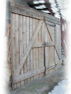 barn doors interior barn doors pinterest barn doors. Black Bedroom Furniture Sets. Home Design Ideas