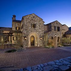 Silverleaf Tuscan - traditional - exterior - phoenix - R. Gurley Custom Homes Home Styles Exterior, Exterior House Colors, Exterior Design, Tuscan Style Homes, Tuscan House, Mediterranean Architecture, Mediterranean Homes, Tuscan Colors, Tuscan Design