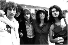 Where With the Patti Smith Group at Tropicana Motel, in West Hollywood . Classic Rock Artists, Classic Rock Bands, Patti Smith Group, Mick Ronson, The Stooges, Dangerous Minds, Fun Songs, Iggy Pop, Him Band