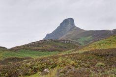 Der An Sgurr - Wahrzeichen der Isle of Eigg. Ihn zu besteigen ist leicher als es aussieht! Die ganze Geschichte unter http://eigg.de