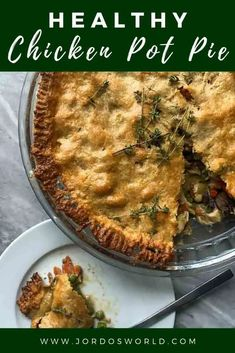 This healthy chicken pot pie is the ultimate comforting dinner recipe! If you're looking to bring some serious warmth to the table as the weather gets colder, look no further. Easy Oven Recipes, Fall Recipes, Vegan Recipes, Healthy Chicken Pot Pie, How To Cook Chicken, Chicken Recipes, Delicious Dinner Recipes, World Recipes, Meal Prep