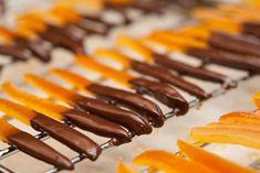 پوست پرتقال شکری شکلاتی یا کندی پرتقال؛ پاستیل پوست مرکبات • مجله تصویر زندگی