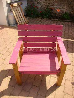 Pallets garden armchairs