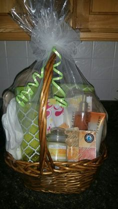 For Realtors to give to their new home owners. A welcoming/thank you basket. www.marykay.com/rlewis15