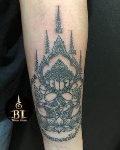 Dobe traditional Thai sak yant tattoo by Ajarn Ta(www.bt-tattoo.com) #bttattoo #bttattoothailand #thaitattoo #thaibamboo #thaibambootattoo #bambootattoo #bambootattoobangkok #sakyant #bangkoktattoo #bangkoktattooshop #bangkoktattoostudio #thailandtattoo #thailandtattooshop #thailand #bangkok #tattoo