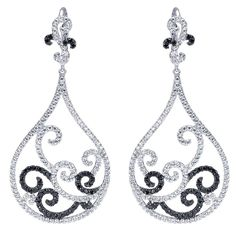 Gorgeous 18k White Gold Black Diamond Drop Earrings from Gabriel & Co. These stunning and unique earrings add such a statement for a dinner date or a wonderful night out. We love the designs and details within these earrings!