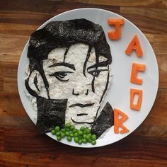 Jacob's Food Diaries Feature Healthy Character Plates | POPSUGAR Moms Photo 20