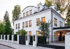Architectural Design House Plans, Modern Architecture House, Architecture Design, Design Villa Moderne, Modern Villa Design, Future House, My House, Conception Villa, Beautiful Home Designs