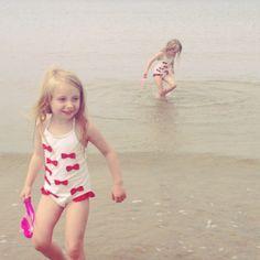Twin Swim!
