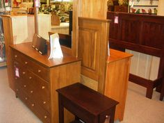 Archbold Fine Furniture Company. All Real Wood American Made Furniture  Finished By The Amish!