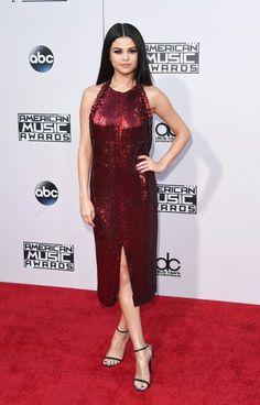 Selena Gomez at the 2015 VMAs   #vmas #vmas2015 #red #dress #singer #music #pop #sexy #hot #legs #heels #fashion #awards #redcarpet