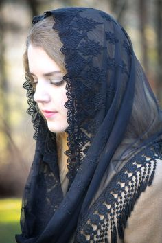 Evintage Veils~ French Lace Chapel Veil Mantilla Infinity Veil Latin Mass Black