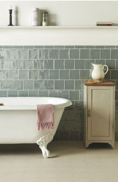 rolltop bathroom metro tiles | The combination of an improved water supply and advances in ceramics ...