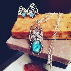 Filigree Artisan Labradorite Pendant Necklace by PixieStixDesigns on Etsy