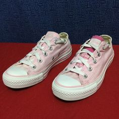 CONVERSE ALL STAR . Pink OX . 35 5 Minimal wear . . No issues . . See pics Converse Shoes