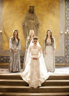 Caitlin Stasey, Celina Sinden, Adelaide Kane & Anna Popplewell in 'Reign' (2013). x