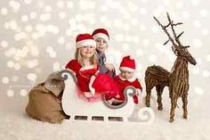 WHITE-Wooden-christmas-sleigh-newborn-baby-photography-prop