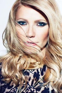Gwyneth Paltrow: I love her eyes here! Would like to learn to do that