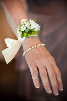 wedding, floral wristlet, green berries, white and green flowers