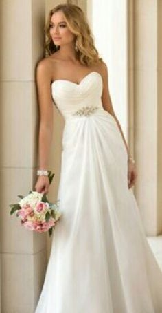White wessing dress with diamante jewel