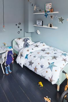 Vanaf 1 september online! Beddinghouse Kids Lots of Stars Blue - Inspiratie Blauwe Kinderkamer