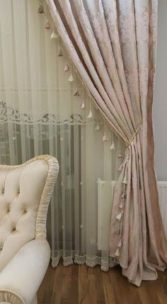 38 Curtains Decor That Always Look Awesome - Luxury Interior Design Home Curtains, Curtains With Blinds, Curtain Designs, Curtain Styles, Rideaux Design, Living Room Decor, Bedroom Decor, Beautiful Curtains, European Home Decor