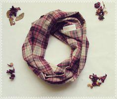 Plaid boucle foulard en Cabin Fever - automne, automne, doux infini Plaid marron…