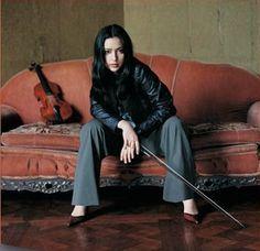 Lucia Micarelli, an AMAZING violinist