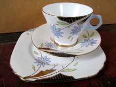 Art Deco / Vintage China Tea Set trio.Wellington China.British.7092