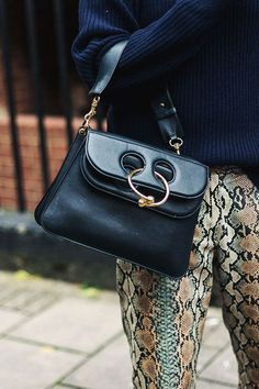 The 10 Best Designer Bags That Will Never Go Out Of Style - Style in the Way Bag Names, Best Designer Bags, Jane Birkin, Beautiful Handbags, Quilted Bag, Day Bag, Cloth Bags, Chanel Boy Bag, Spring Summer Fashion