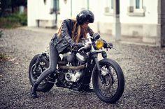 Photo : Sebastien Laurent Helmet : Hedon by Zadig MC Model : Camille Rochette