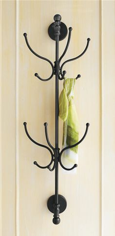 Love this wall mounted coat rack